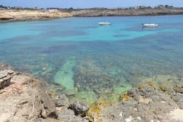 L'isola di Lampedusa: un luogo dove il mare e il cielo sembrano un tutt'uno